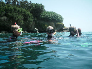 12082009snorkelsoncrete0932482093480284