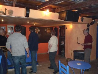 110112-darts-night-in-crete