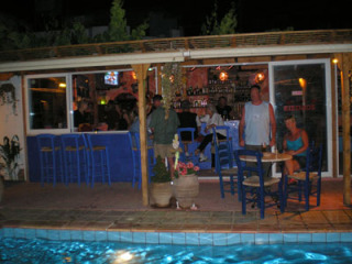 diving-in-greece-24052006