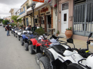 150613-begin-op-een-quad-safari-kreta