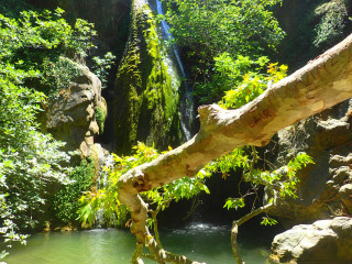 00-walking-in-crete-richtis-gorge
