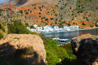 01-walking-week-on-the-E4-in-Crete-greece