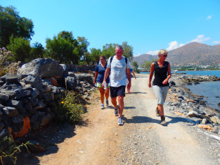 02-Guided-Walking-in-Crete