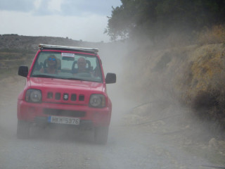 02-jeep-excursion-on-crete-greece