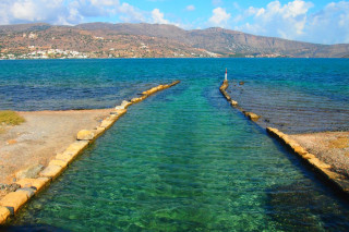 03-Walk-in-Elounda-crete