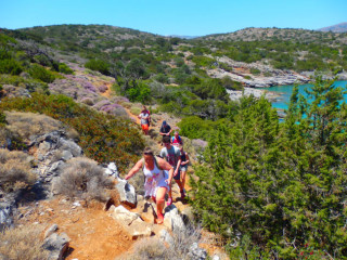 03-walking-in-crete-greece-2016-6932