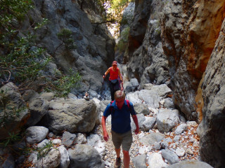 04-east-crete-walking