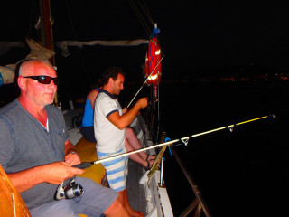 04-fishing-with-rods-on-Crete