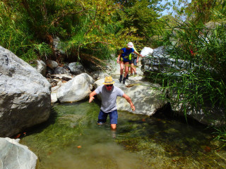 04-relax-and-walking-in-crete-greece