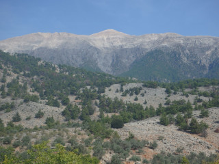 10-white-mountains-crete-234798732942