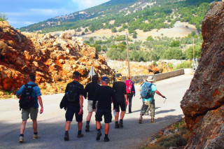 14-group-walking-holidays-in-east-Crete