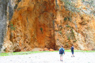 18-extreme-hikes-in--Crete-Greece