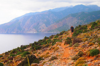 24-Walking-tours-for-groups-on-Crete-Greece