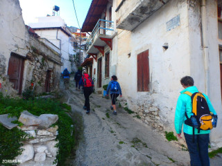limnes-walking-to-the-top-of-crete