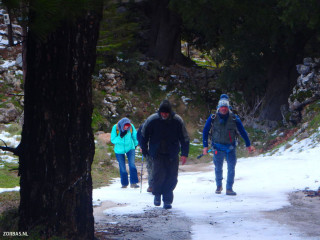 winter-hiking-on-crete