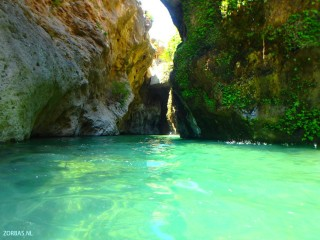 02-canyon-on-crete-b2034823048