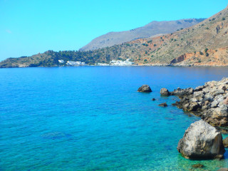 07-loutron-crete-greece