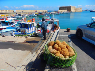 02-Fishing-boats-in-Crete
