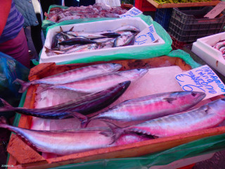 fish-market-in-heraklion