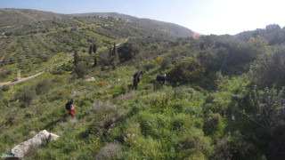 go-pro-walking-in-crete-289473289473298324