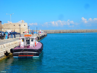 harbor-of-Crete