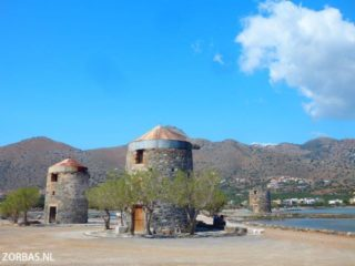 01-elounda-hiking-in-crete--7583