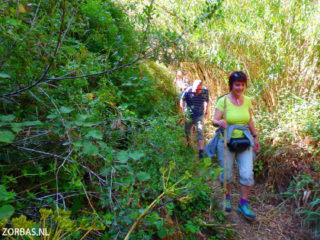 adventurous-hiking-holiday-on-Crete