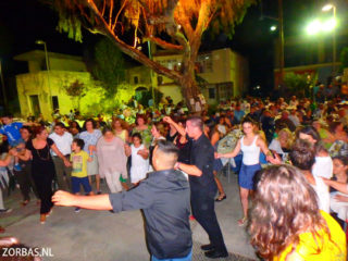02-village-party-in-crete