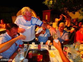 02-village-party-in-crete-3585
