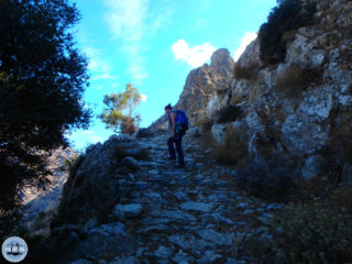 hiking-on-greek-islands-115