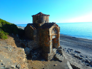 hiking-trail-from-East-to-West-Crete