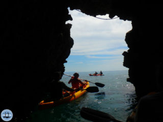 caves-canoe-excursion-on-crete-greece