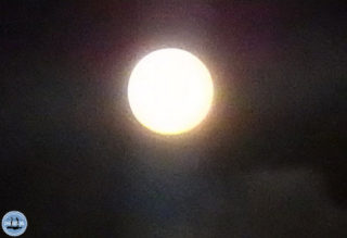 big-moon-in-crete2