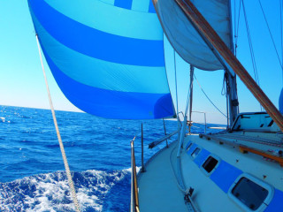 Sailing to Greek islands 5446