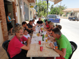 100713-lunch-time-crete