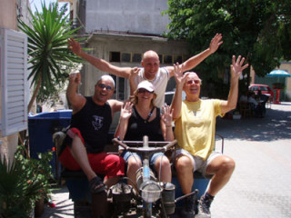 jeeps-famely-in-crete-38929