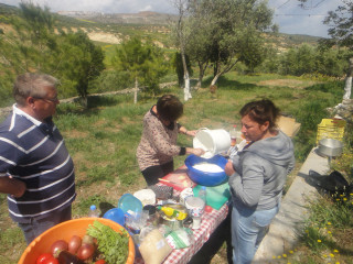 cooking in greece active 6501