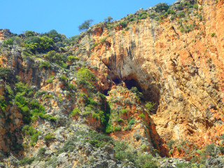 02-gorge-on-crete-greece-230948230