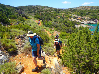 02-walking-holidays-in-greece-9667