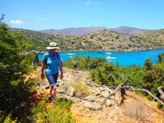 02-walking-holidays-in-greece-9674