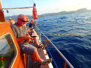03-Fishing-in-Crete