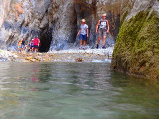 03-climbing-_-Canyoning-in-Crete