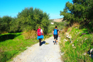 03-hiking-on-Crete-in-unfamiliar-areas