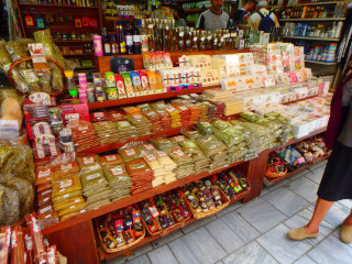 03-markets-in-Heraklion-Crete-7124