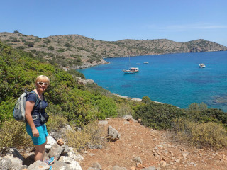 03-walking-holidays-in-greece-9624
