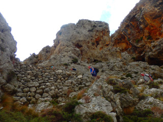 04-mountain-walks-in-crete-greece