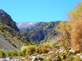 05-mountain-walks-in-crete-b20342308409238402