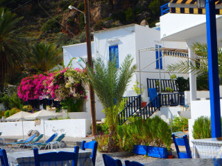 08-accommodation-in-loutro-crete