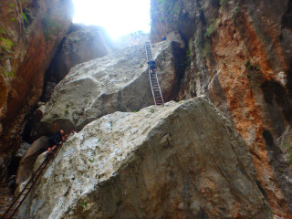 17-Walk-through-the-gorge-of-Aradena-South-Crete-greece