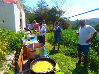 Greek cooking lessons Crete 8189